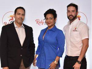 Inauguran restaurante Ruby Texas
