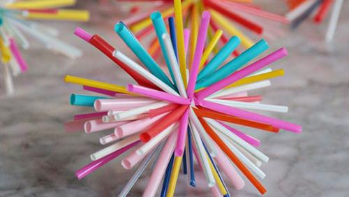 Nestlé incorpora sorbetes reciclables para contrarrestar desechos plásticos
