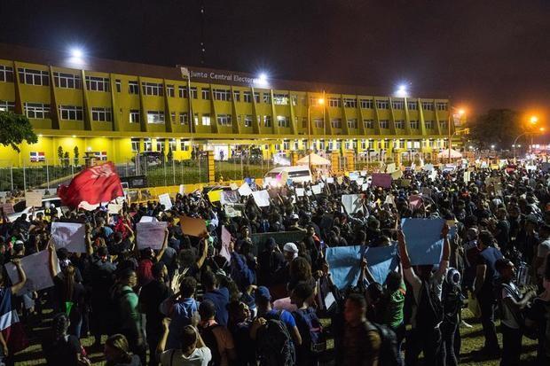 Las protestas, viento a favor de la oposición en las elecciones dominicanas