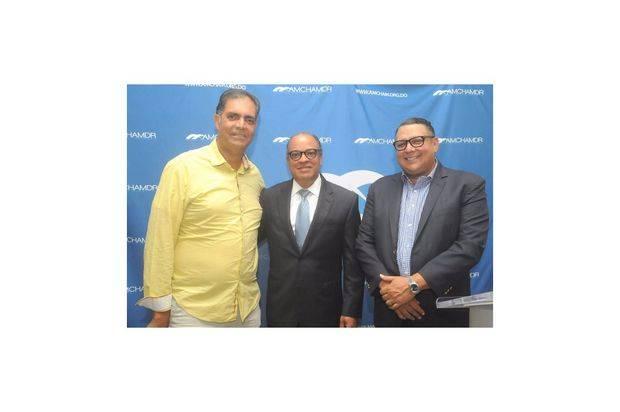 Leo Sanchez, Jose? Clase, y Rafael De Marchena.