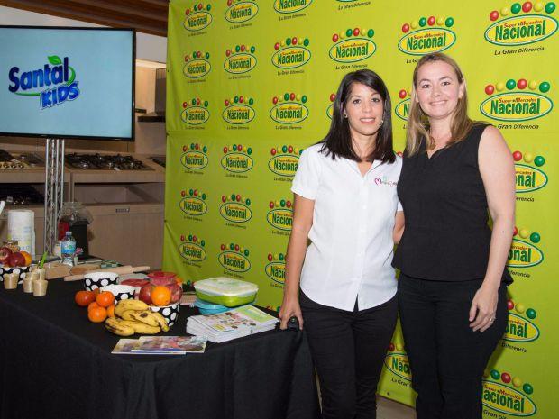 Jennifer Núñez y Roxana Soto-Wiese.