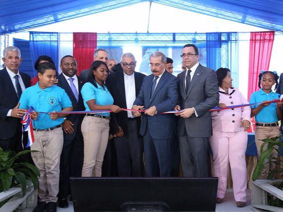 Medina inaugura politécnico de 76 millones de pesos en Los Guaricanos