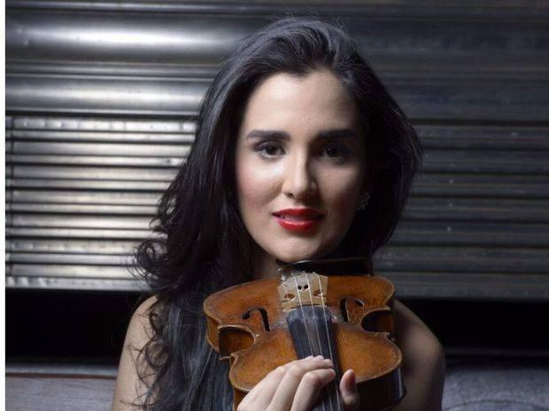 Destacada violinista Aisha Syed ofrecerá concierto de gala en el Gran Teatro del Cibao