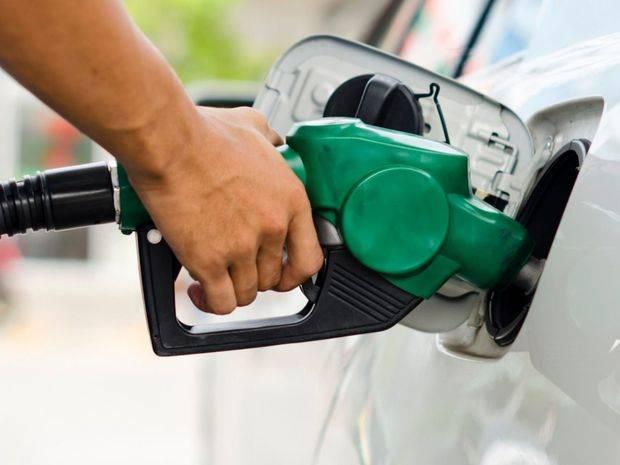 La mayoría de los combustibles mantendrán su precio y gasolina baja un peso