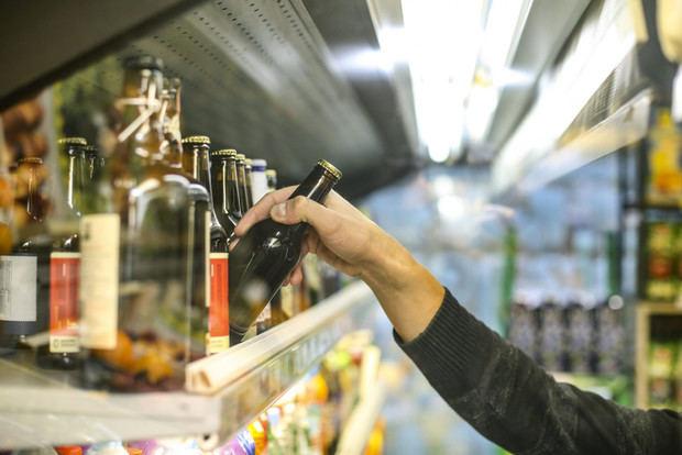 ADOPRON resalta logros del Gobierno en combate al comercio ilícito de bebidas alcohólicas.