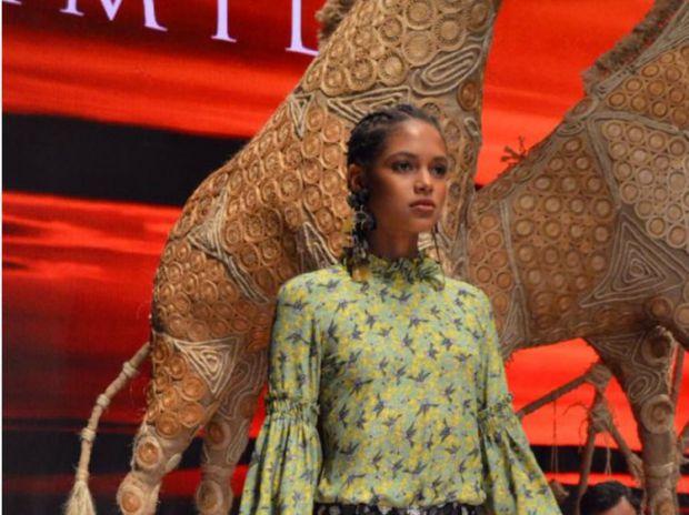 "Camila presenta ""TRIBU"" Primavera Verano 2018 en Dominicana Moda"