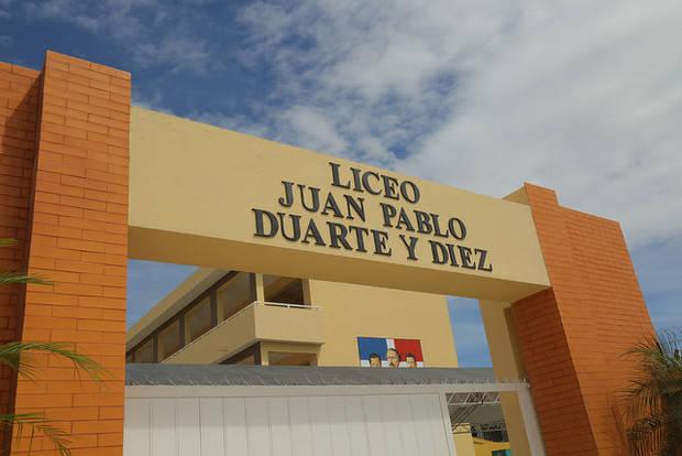 Escuela Juan Pablo Duarte y Diez.