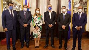 El presidente Luis Abinader hizo el anuncio durante un acto en el salón Las Cariátides del Palacio Nacional.