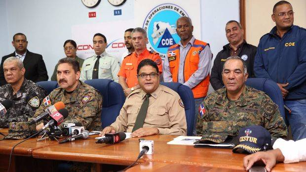 COE mantiene alerta verde para 22 provincias por lluvias causa vaguada