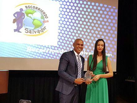 Recorriendo con Salvador galardonado como el mejor periódico digital