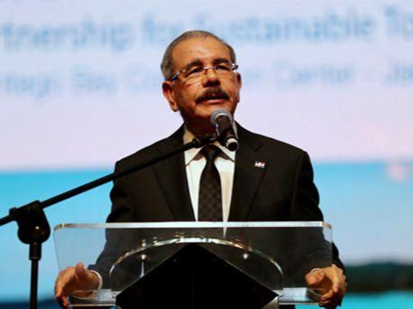 Danilo propone agenda de trabajo nacional, regional y mundial para avanzar hacia turismo