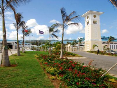Danilo Medina asiste a apertura de Conferencia Mundial de Turismo en Jamaica
