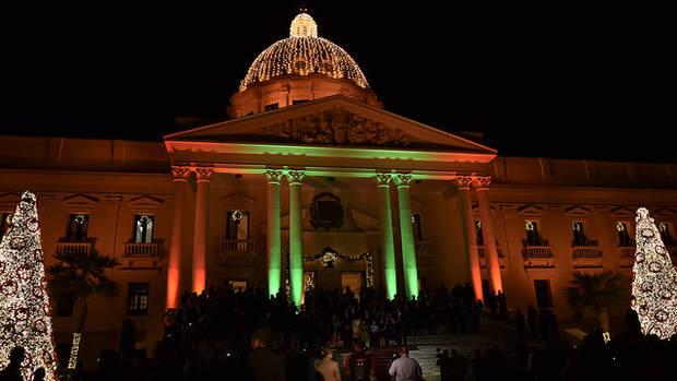 Palacio Nacional se viste con aires de Navidad