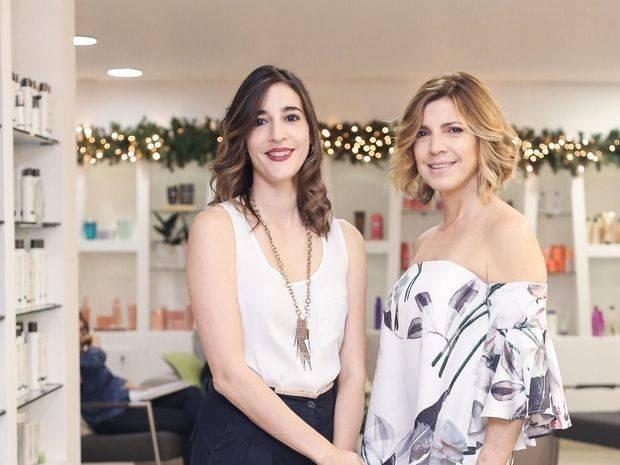 Nicole Báez y Liz Bernal.