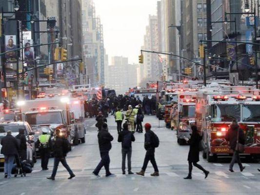 Ataque terrorista en el corazón de Nueva York deja cuatro heridos.