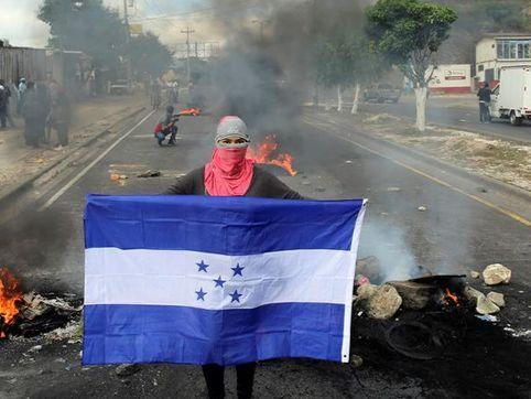 Seguidores de Nasralla protestan en Honduras contra triunfo de Hernández