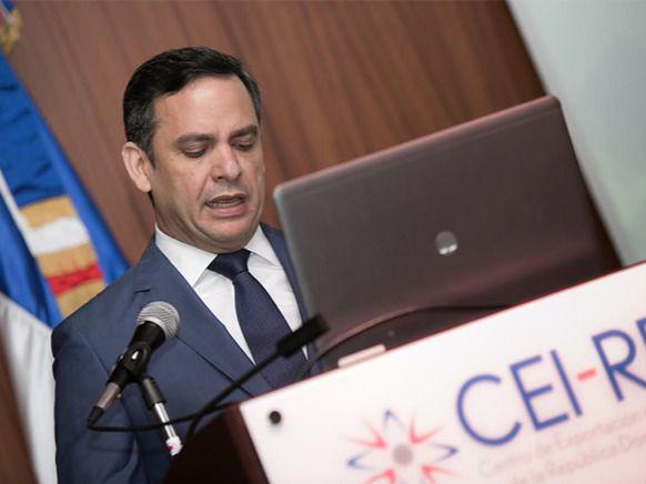 CEI-RD y MIREX capacitan a representantes comerciales en el exterior