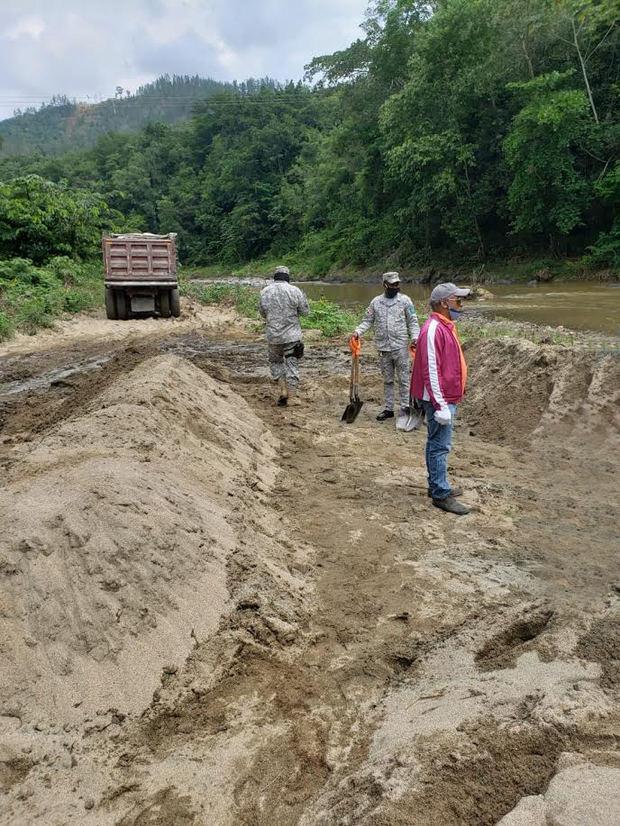 Medio Ambiente realiza operativos contra delitos ambientales en varias zonas del país