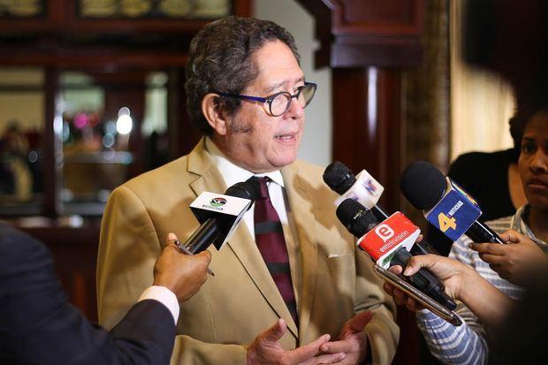Fernando González Nicolás, presidente de la Mesa Redonda de los Países de la Mancomunidad en la República Dominicana.