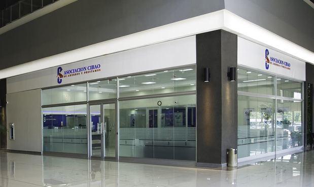 Fitch resalta calidad de los activos de la Asociación Cibao y su fuerte capitalización