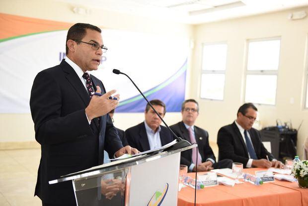 En el 2016, Rafael Ovalles director general del Infotep presentó programa de formación Operador de Dispositivos Médicos renovado.