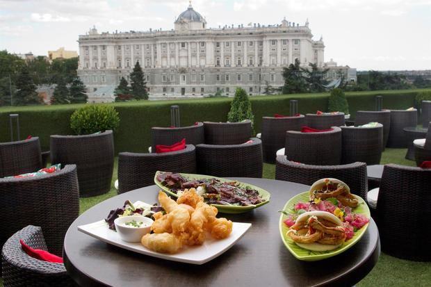 Las tapas, un triunfo culinario tanto dentro como fuera de España.