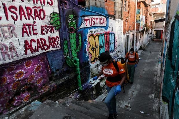 Brasil registra 407 muertes por COVID-19 en un día y el total pasa de 3,300