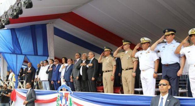 Presidente Medina encabeza desfile cívico militar en 175 aniversario de la Batalla 19 de Marzo