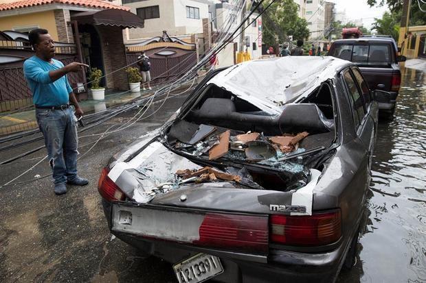 Laura deja muerte y destrucción a su paso por República Dominicana y Haití