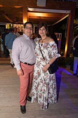 Eduardo Read y Sarah Villanueva de Read.