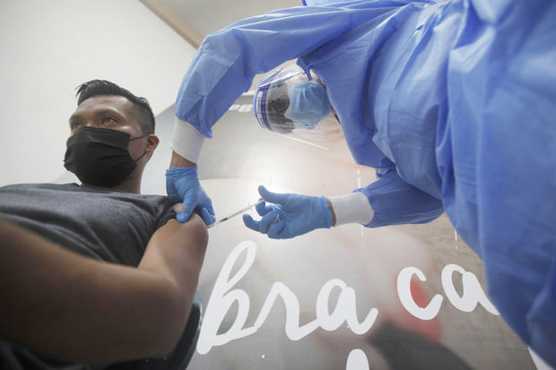 Panamá con la mayor proporción de vacunados contra covid en Centroamérica