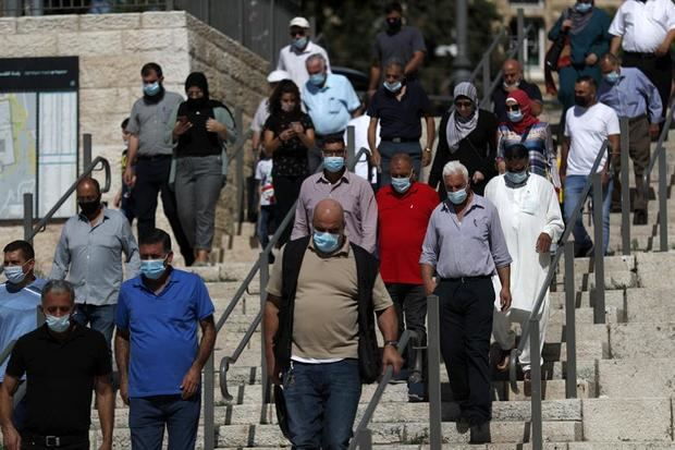 Israel esperará otra semana para reabrir las tiendas, cerradas más de cien días.