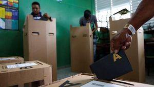 El ministro de Salud Pública, Rafael Sánchez Cárdenas, afirmó este martes que 'todo indica' que se podrán celebrar las elecciones presidenciales y congresuales el próximo 17 de mayo a pasar del coronavirus.