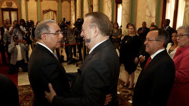 Danilo Medina juramenta a nuevos ministros y demás funcionarios designados
