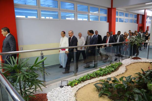 Presidente Danilo Medina asiste a inauguración de edificio de la Universidad Católica del Este