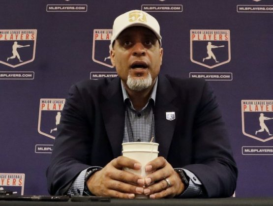 Asociación de jugadores rechazan última oferta; MLB ordenará reinicio