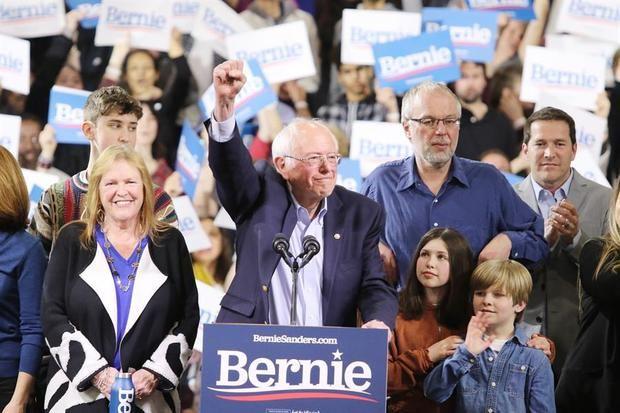 El supermartes demócrata consolida la pugna entre Biden y Sanders