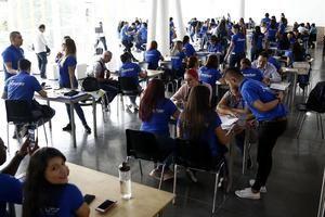 La tercera edición de la Feria Interactuar se llevará a cabo entre el 16 y 17 de septiembre, con el lema 'Fábrica de Oportunidades'. En la imagen un registró de la versión 2019 de Interactuar, en Medellín, Colombia.