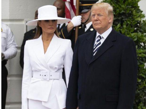 Melania Trump llama la atención por sus looks