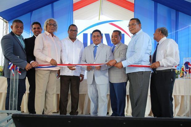 Gobierno entrega Villa Progreso Mella y Villa Progreso Colonia de Juancho