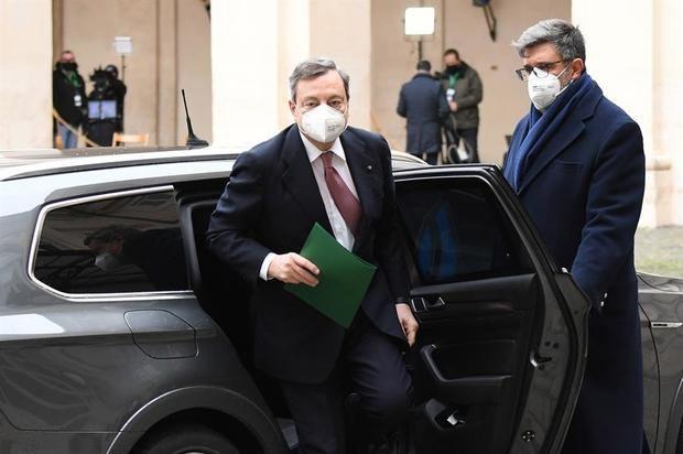 Draghi presenta su programa de Gobierno, en el que empiezan las discrepancias.