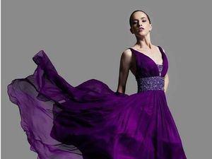 Los expertos en moda aseguran que el color que más se verá en esta temporada será el ultravioleta.
