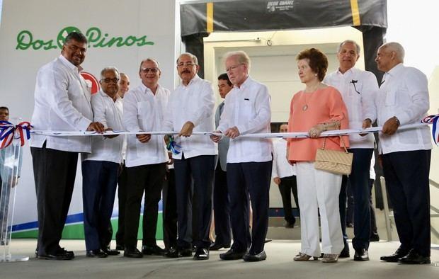 Medina encabeza inicio de operaciones en el país de Grupo Lácteo del Caribe