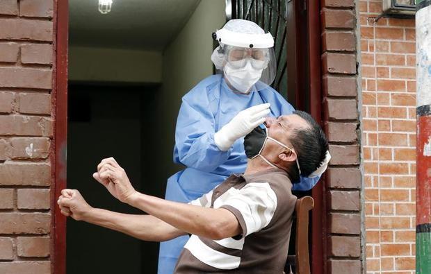 La COVID-19 avanza en América entre la alarmante alza de casos y la riña EE.UU. - China