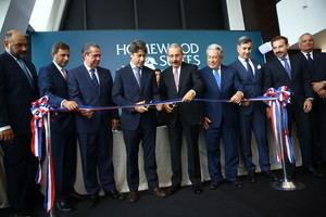 Danilo Medina participa en apertura Homewood Suites by Hilton Santo Domingo e inversionistas destacan solidez económica RD.