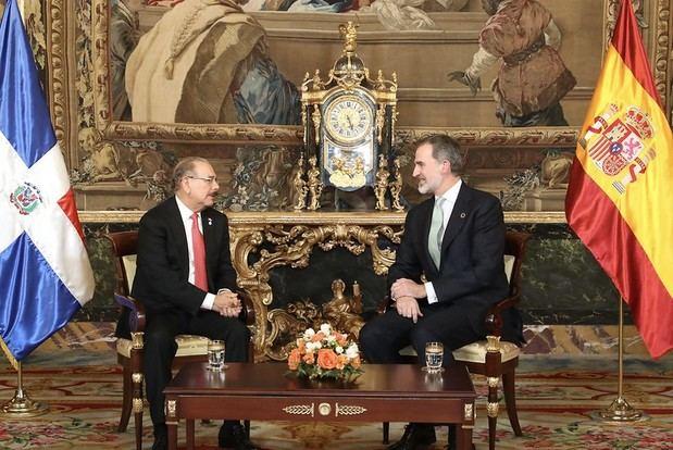 El rey de España, Felipe VI, se reúne con el presidente Danilo Medina