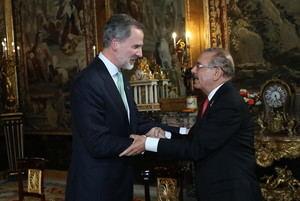 Rey de España Felipe VI recibe al presidente Danilo Medina, en Palacio Real de Madrid.