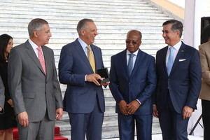 Gobierno entrega 70 nuevos autobuses OMSA reforzarán corredores Ortega y Gasset, República de Colombia y Kennedy