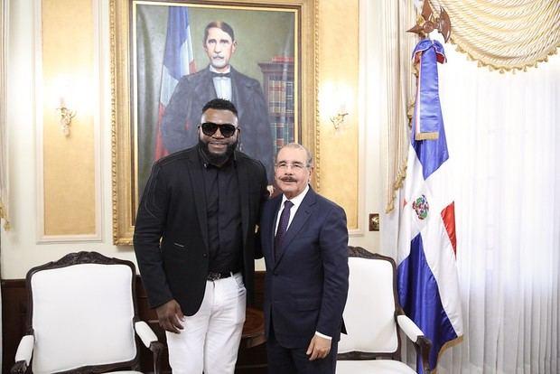 Encuentro entre el presidente Danilo Medina y el expelotero de Grandes Ligas, David Ortiz.