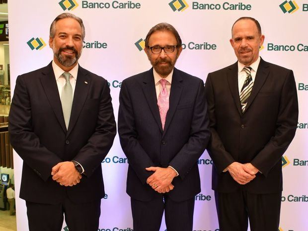 Banco Caribe inaugura moderna sucursal en Downtown Center